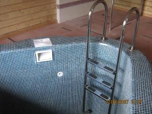 Лестница для бассейна  AISI 304